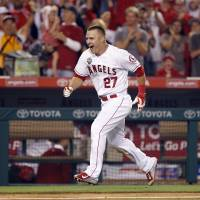 Kershaw, Trout named league MVPs by wide margins