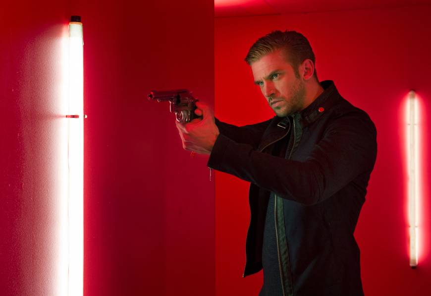 Dan Stevens goes from Crawley to creepy in 'The Guest'