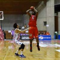 Iwate rallies past Shimane in second half en route to 12th consecutive victory