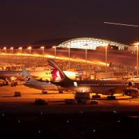 Record 13 million passengers use international flights via Kansai airport