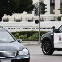 Sony tells theaters they can pull 'The Interview' after threats