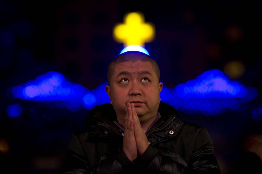 China tightens control over churches, warns over Western culture