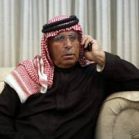 Father of pilot Jordanian captured by Islamic State pleads for son's release