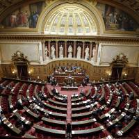 France's Senate, by narrow vote, urges recognition of Palestine