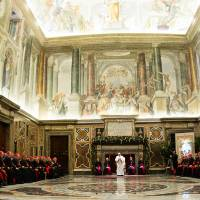 Pope issues blistering critique of 'hypocritical' Vatican bureaucrats