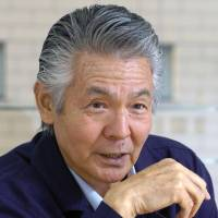 Yakuza film veteran Bunta Sugawara dies at 81