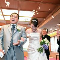 Renewing wedding vows a growing trend in Japan