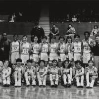 Key mentor: Dwane Casey (top row, second from left), seen in a Sekisui Chemical team portrait from the early 1990s, made an impact teaching the game to Japanese women's players, several of whom competed on the national team at the 1996 Atlanta Olympics. | TOSHI SATO
