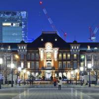 Just like new: Renovation work on Tokyo Station was completed in 2012.  | ISTOCK