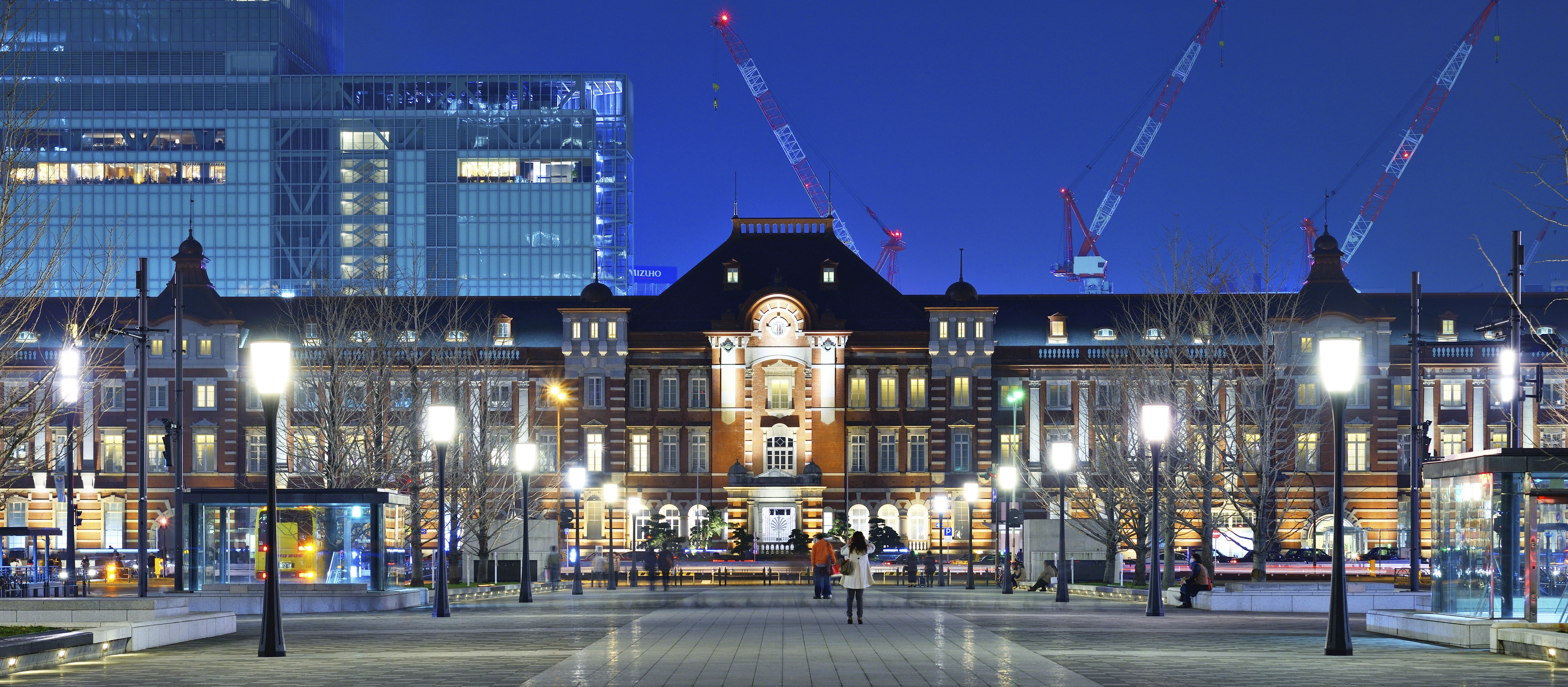 Just like new: Renovation work on Tokyo Station was completed in 2012.    ISTOCK