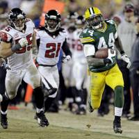 Packers hold off Falcons