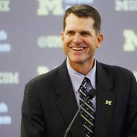 Harbaugh gets warm welcome upon return to Michigan