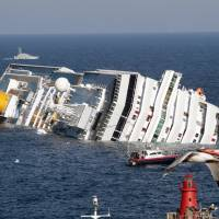 Prosecutor: Captain's negligence behind 32 deaths aboard Concordia