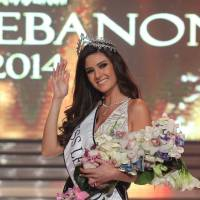 Miss Lebanon in hot water after selfie with Miss Israel