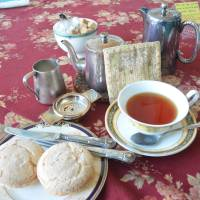 Tea time: Kitahama Retro goes all out for its British setting. | J.J. O'DONOGHUE