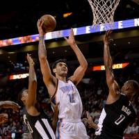 Thunder go above .500 with victory over Heat