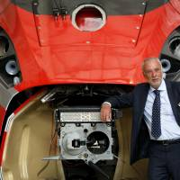 Hitachi trains push into Europe to challenge Siemens, Alstom