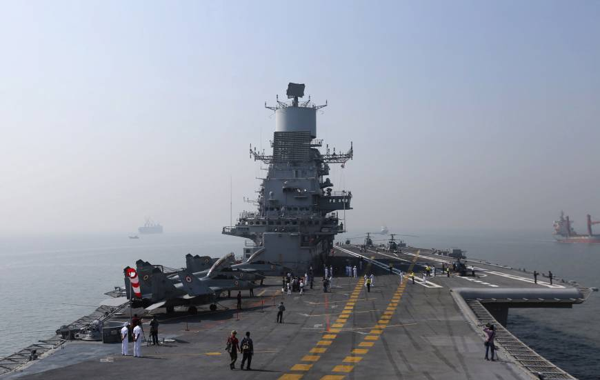India bets on U.S. aircraft carrier technology