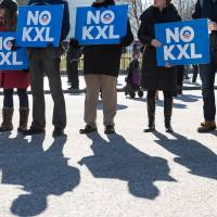 Obama vetoes Republican attempt to force Keystone pipeline approval