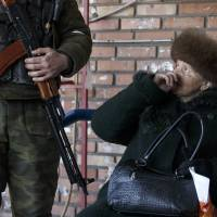 Russia 'cynical' on Ukraine cease-fire: Britain