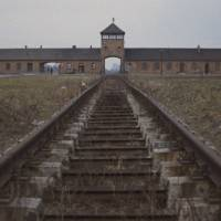 Hell's gateway: Train tracks lead directly to the Birkenau entrance of the Auschwitz concentration camp. | © LES FILMS ALEPH