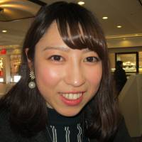 Hiroko Yamaguchi, Student, 21 (Japanese): My boyfriend. We will go to a restaurant in Minato Mirai. First I'll sell cheesecake with my friend, who works in a cake shop, then make cookies or cake. And then my boyfriend gets a Valentine's Day kiss!