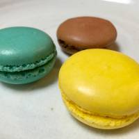 Fujiya Co. adds fizz and sparkle with macaron set