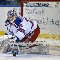 Rangers rookie Skapski triumphs in NHL debut
