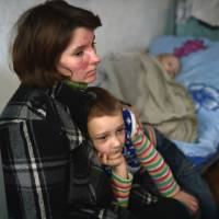 Ukrainians leave, citing rebel area mismanagement