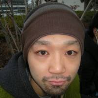 Yumenosuke Kojima, Comedian, 26 (Japanese): I think the book is fine. Ichihashi seems to have done his best to seek forgiveness, and the book only covers his life on the run — not the crime or his feelings about what happened. He's also a unique person, so the book has value.