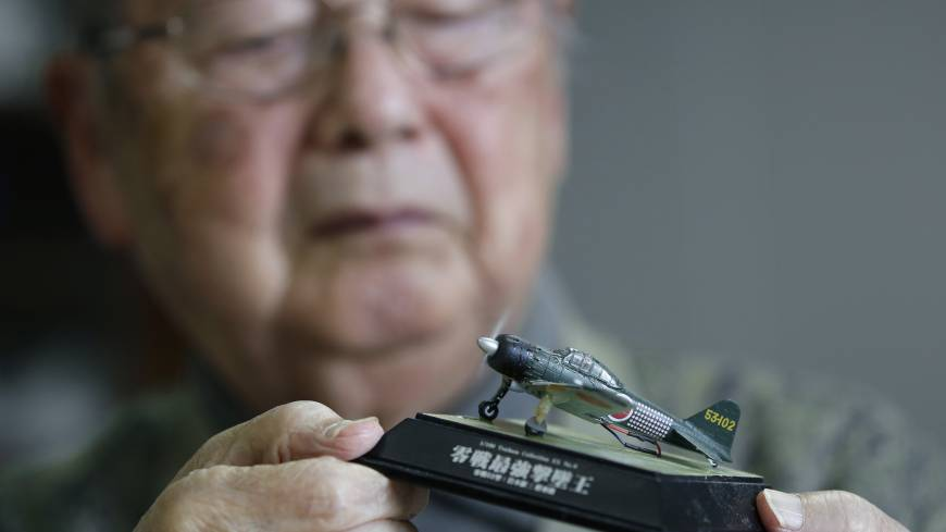 Two kamikaze pilots, two late reprieves, one pacifist view