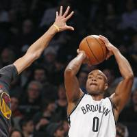 Jack lifts Nets to dramatic victory over Warriors
