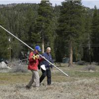California governor orders mandatory 25% water restrictions