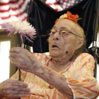 After six-day run as world's oldest person, Arkansas woman, 116, dies