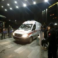 Leftist attackers, hostage prosecutor die in Istanbul shootout