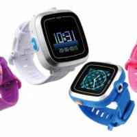 Smart watches for tech-savvy kids; BotsNew virtual reality goggles; miniature iDoll robots