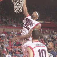 Still going strong: Former Fresno State big man Melvin Ely remains a productive player at age 36 for the Gunma Crane Thunders. | WAC