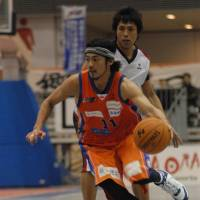 Balance, team defense are powering Niigata
