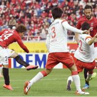 Reds build three-point cushion atop J. League table