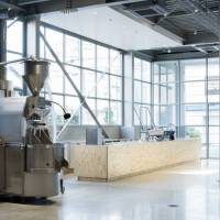 Expansion brewing for Blue Bottle Coffee in Japan