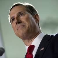 Conservative firebrand Santorum in White House re-launch