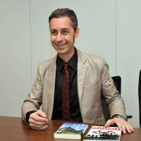 Chris Glenn speaks about his latest book, 'The Battle of Sekigahara: The Greatest Samurai Battle in History,' during an interview April 8 with The Japan Times in Tokyo. | YOSHIAKI MIURA