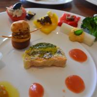 Hitting the right notes: The orchestra-themed amuse-bouches platter at Savory was a delight to the eyes and to the stomach.   J.J. O'DONOGHUE
