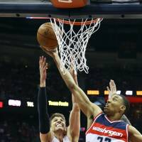 Beal steps up to help Wizards beat Hawks