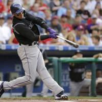 Tulowitzki clouts two HRs in win