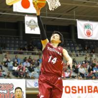 Aisin whips defending champion Toshiba by 50 points to wrap up NBL playoff series