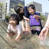A recent survey shows that economic and social reasons leave three-quarters of people hesitant to have a second child. | KYODO