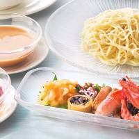 Summertime cold noodle specialities at the Chinese Restaurant Kei-Ka-En