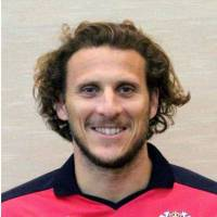 Cerezo to cut ties with Forlan