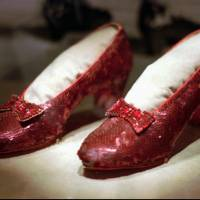 Arizona fan wants Judy Garland's stolen ruby slippers returned, offers $1 million